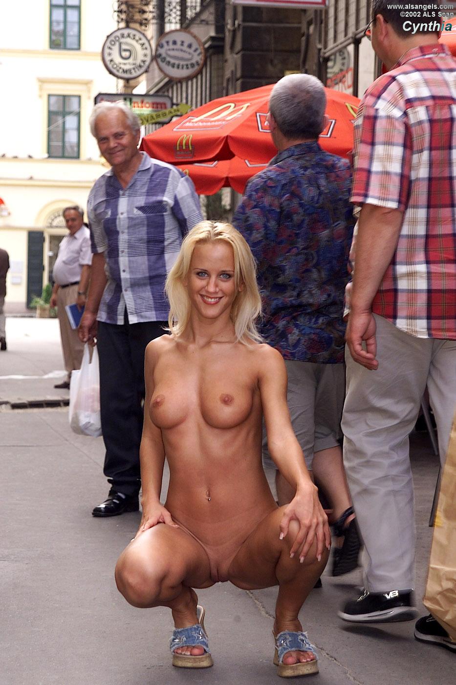 blonde nude in public Cynthia