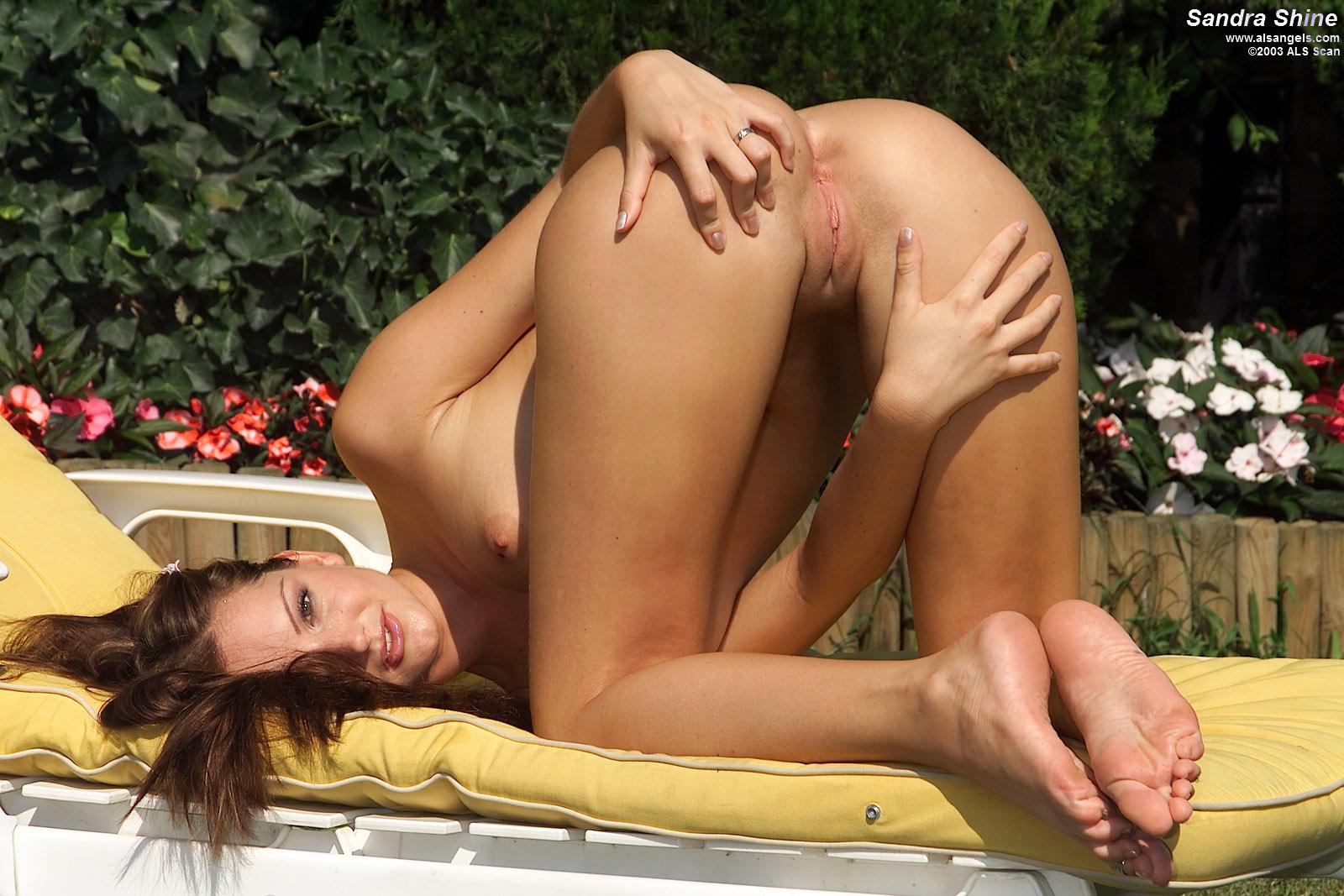 Nude sandra shine Sandra Shine